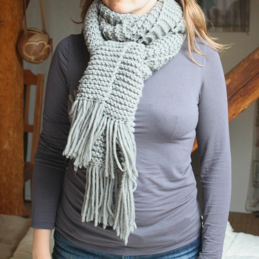 tricoter une echarpe point mousse